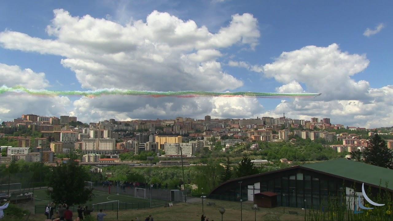 Le Frecce Tricolore su Potenza IL VIDEO - Ufficio Stampa ...